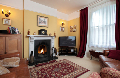 Snaptrip - Last minute cottages - Excellent Weymouth Cottage S1786 -