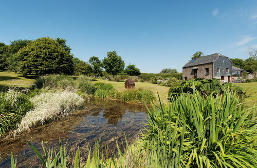 Snaptrip - Last minute cottages - Tasteful Torpoint Barn S1930 -
