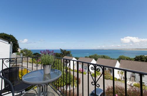Snaptrip - Last minute cottages - Charming Saint Ives Bay S1929 -