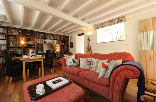 Snaptrip - Last minute cottages - Cosy Umberleigh Cottage S6945 -