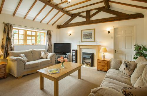 Snaptrip - Last minute cottages - Wonderful Bessingby Cottage S9221 -