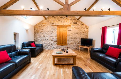 Snaptrip - Last minute cottages - Excellent Harwood Dale Cottage S9211 -