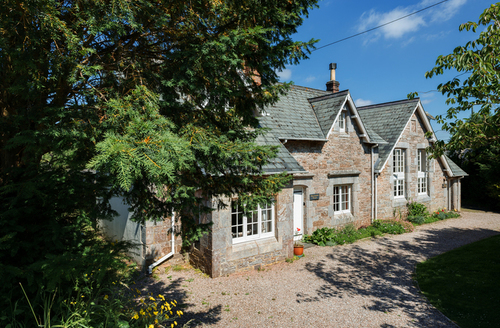Snaptrip - Last minute cottages - Luxury Churston Ferrers Cottage S9239 -