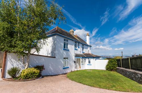 Snaptrip - Last minute cottages - Superb Berry Head Cottage S9255 -