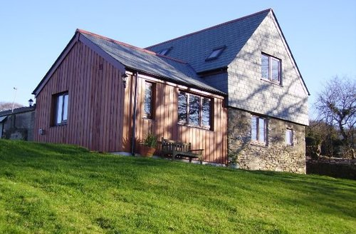Snaptrip - Last minute cottages - Beautiful Gunnislake Barn S7685 -
