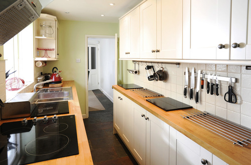 Snaptrip - Last minute cottages - Superb Weymouth Cottage S9612 -