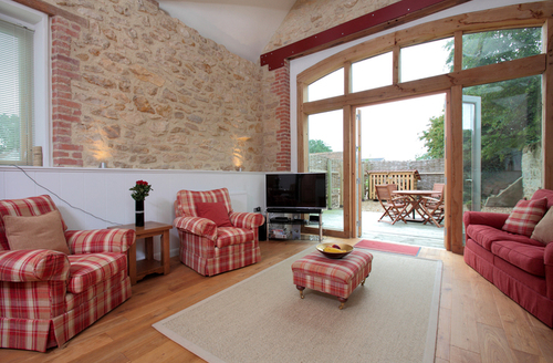 Snaptrip - Last minute cottages - Wonderful Bradford Abbas Lodge S9632 -