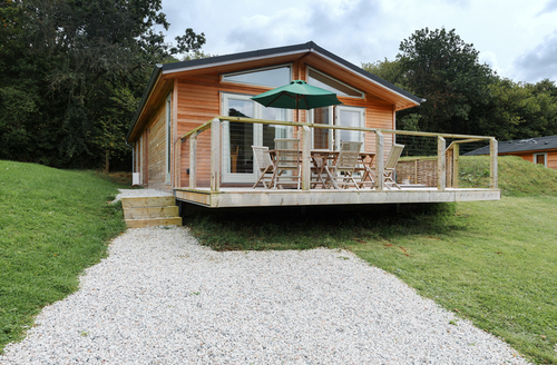Snaptrip - Last minute cottages - Captivating Cornwall Lodge S9646 -