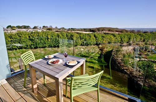 Snaptrip - Last minute cottages - Exquisite Carbis Bay Cottage S9700 -