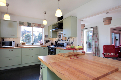 Snaptrip - Last minute cottages - Stunning Weymouth Rental S12852 -