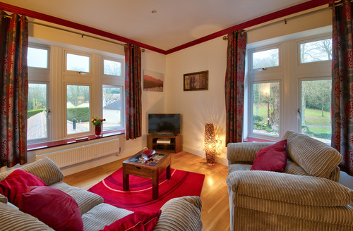 Snaptrip - Last minute cottages - Captivating Shanklin Rental S13047 -