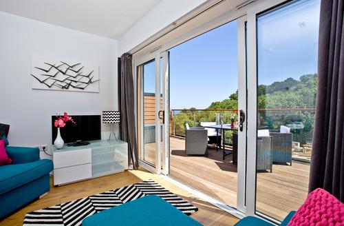 Snaptrip - Last minute cottages - Gorgeous Brixham Rental S13192 -