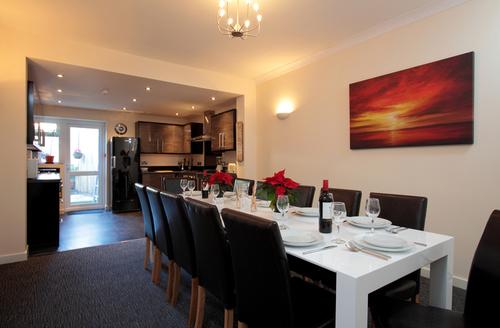 Snaptrip - Last minute cottages - Splendid Weymouth Rental S13072 -