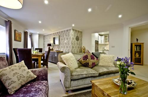Snaptrip - Last minute cottages - Exquisite Wells Rental S13347 -
