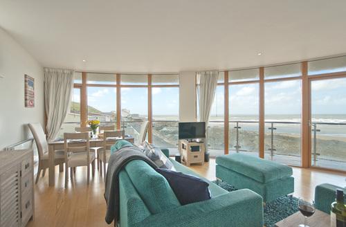 Snaptrip - Last minute cottages - Luxury Westward Ho! Rental S25913 -