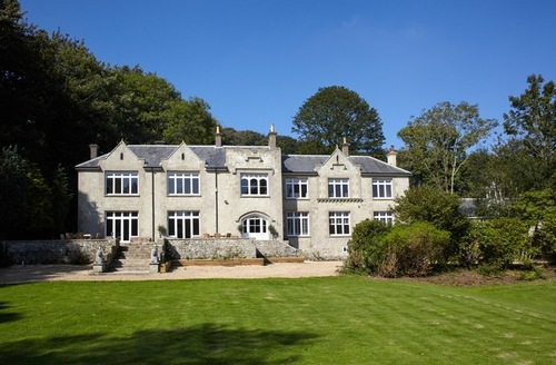 Snaptrip - Last minute cottages - Beautiful Whitwell House S26667 -