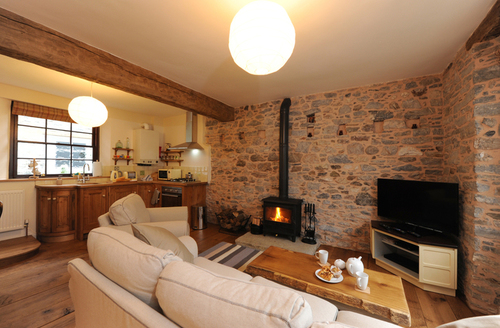 Snaptrip - Last minute cottages - Superb Buckfastleigh Cottage S42095 -