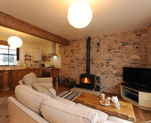 Snaptrip - Last minute cottages - Superb Buckfastleigh Cottage S42095 -