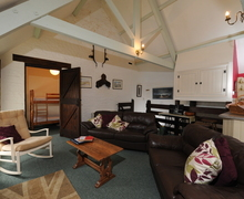 Snaptrip - Last minute cottages - Superb Bridgerule Cottage S44314 -