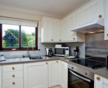 Snaptrip - Last minute cottages - Excellent Flexbury Cottage S45886 -