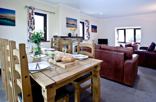 Snaptrip - Last minute cottages - Delightful Flexbury Apartment S45879 -