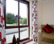 Snaptrip - Last minute cottages - Quaint Flexbury Cottage S46007 -