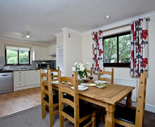 Snaptrip - Last minute cottages - Captivating Flexbury Cottage S46202 -