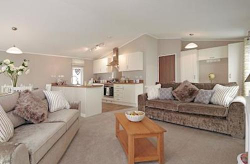 Snaptrip - Last minute cottages - Gorgeous West Lydford Lodge S58079 - Typical Ash Lodge