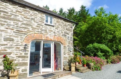 Snaptrip - Last minute cottages - Wonderful Llangwm Cottage S58116 -