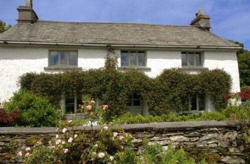Snaptrip - Last minute cottages - Tasteful Hawkshead Cottage S58194 -