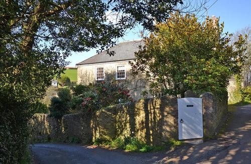 Snaptrip - Last minute cottages - Lovely South Devon Salcombe Cottage S58258 - Torr Hill (8)_R
