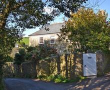Snaptrip - Last minute cottages - Lovely South Devon Salcombe Cottage S58258 - Torr Hill (8)_R