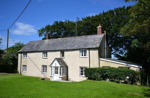 Snaptrip - Last minute cottages - Captivating Cornwall Morwenstow Cottage S58610 - Eastcott exterior