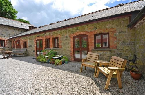 Snaptrip - Last minute cottages - Cosy Dartmoor Moorhaven Cottage S58815 - LOWBAR Ex 1_R