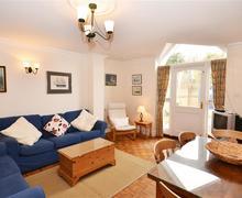 Snaptrip - Last minute cottages - Exquisite Keyhaven Cottage S58835 - Lounge 1 PS