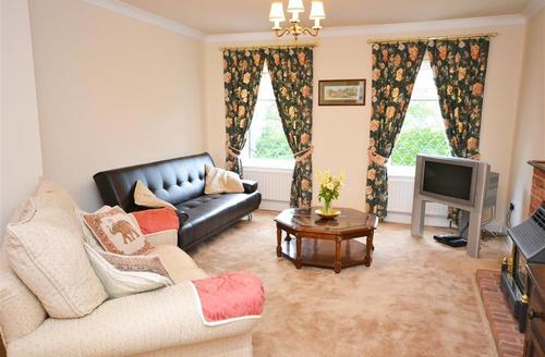 Snaptrip - Last minute cottages - Charming Verwood Cottage S58844 - Living room 1 PS