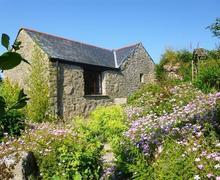 Snaptrip - Last minute cottages - Quaint Bodmin Moor Cottage S42760 - External