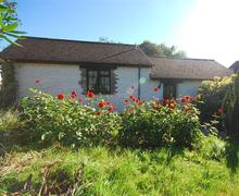 Snaptrip - Last minute cottages - Gorgeous Camelford Cottage S42882 - External - View 2