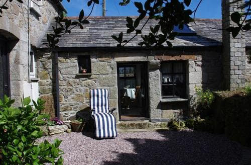Snaptrip - Last minute cottages - Cosy St Columb Cottage S43053 - External