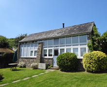 Snaptrip - Last minute cottages - Stunning South Pool Cottage S59020 -
