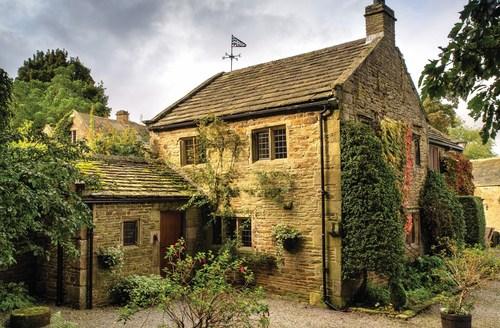 Snaptrip - Last minute cottages - Tasteful Holmesfield Cottage S59057 -