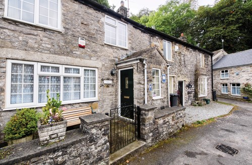 Snaptrip - Last minute cottages - Lovely Castleton Cottage S59074 -