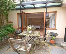 Snaptrip - Last minute cottages - Attractive South Devon Salcombe Apartment S59152 - 24 Church Apt 012_R