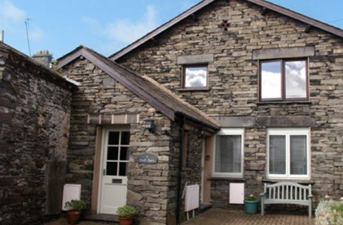 Snaptrip - Last minute cottages - Quaint Hawkshead Cottage S59390 -