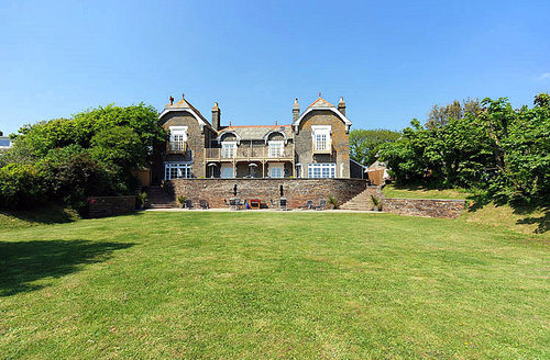 Snaptrip - Last minute cottages - Inviting Malborough Cottage S59563 -