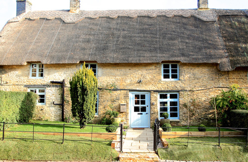 Snaptrip - Last minute cottages - Exquisite Chipping Norton  Cottage S59638 -