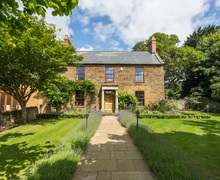 Snaptrip - Last minute cottages - Stunning Banbury Cottage S59693 -