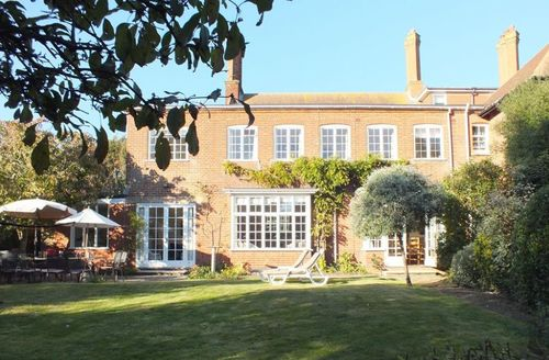 Snaptrip - Last minute cottages - Luxury Aldeburgh Cottage S59825 - View of holiday home in Aldeburgh, Suffolk