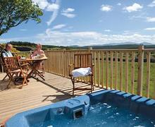Snaptrip - Last minute cottages - Lovely Greystoke Lodge S59894 -