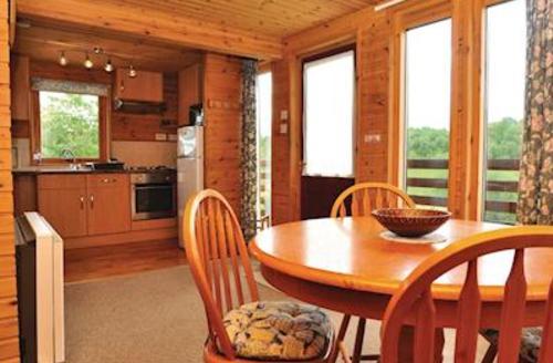 Snaptrip - Last minute cottages - Beautiful Spean Bridge Lodge S60126 -
